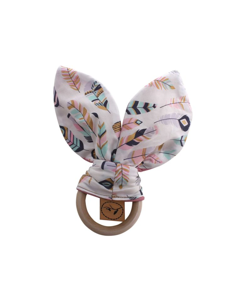 pastel-feather-baby-teether-wooden-bunny-jaw-development